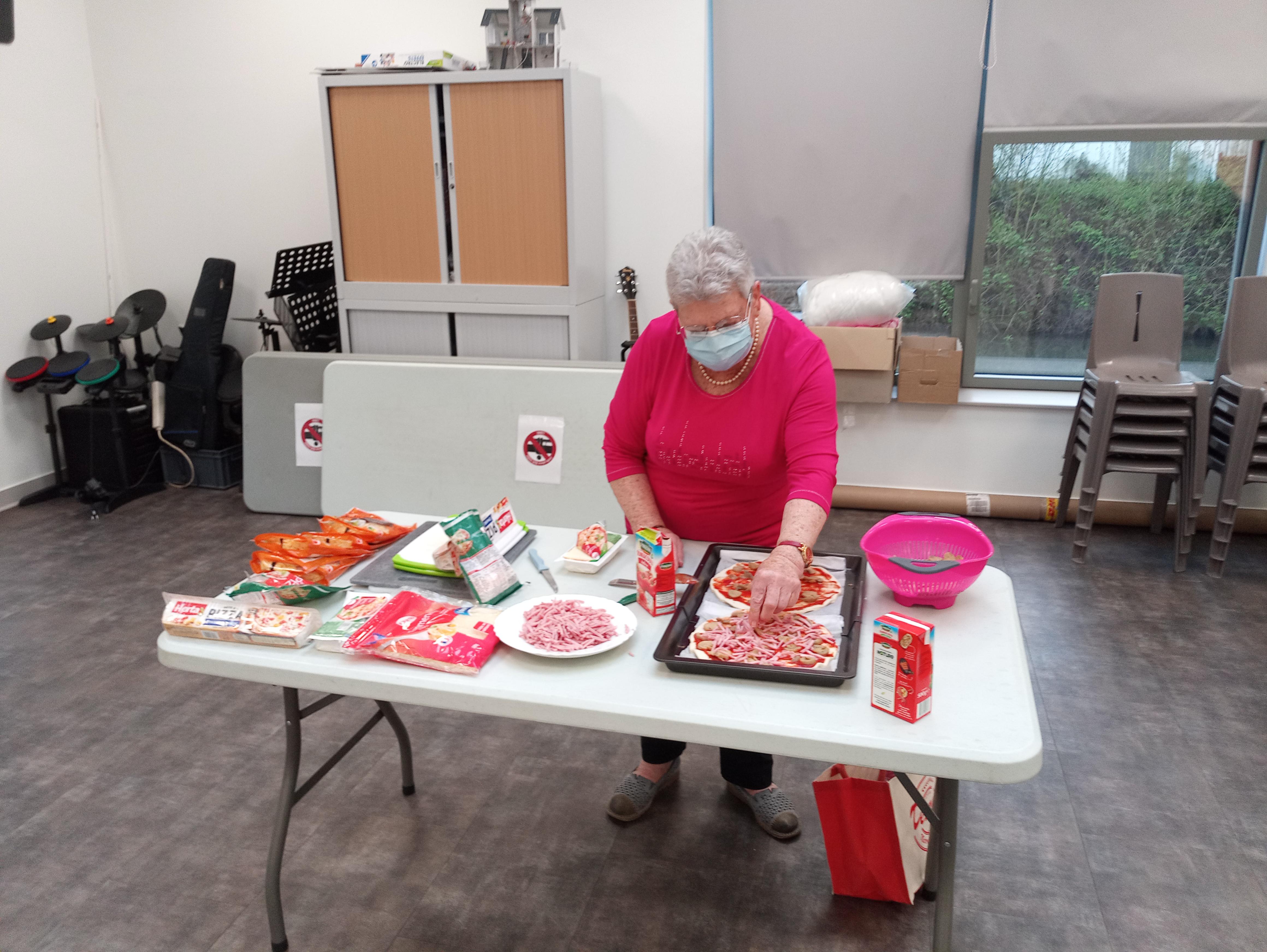 repas solidaire ajr bénévoles cuisine